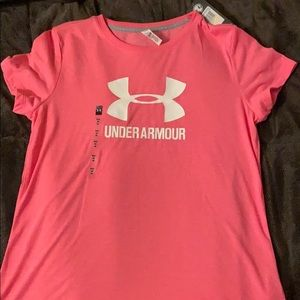 SHORT SLEEVE UNDER ARMOUR TEE
